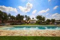Ostuni country house with pool