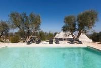 Ostuni trulli with pool